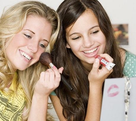 Что подарить девушке на 15 лет?