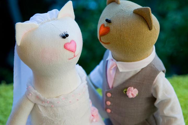 Игрушки на свадьбу - что ещё можно подарить молодоженам из недорогого