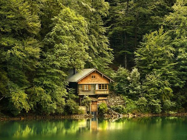Дача у озера