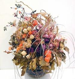 Ikebana-iz-zasushennyh-rastenij-foto