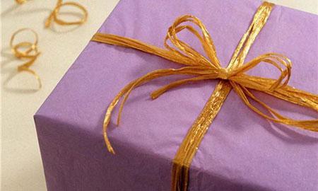 Варианты подарков жене от мужа