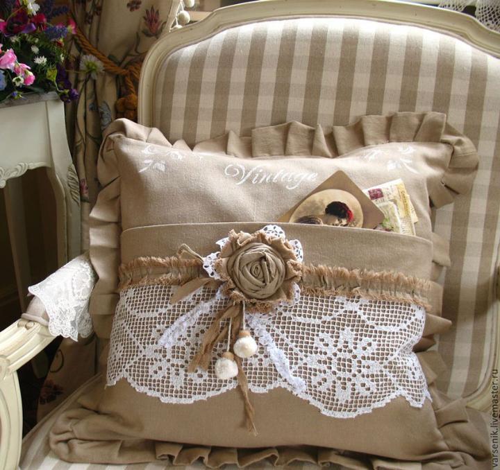 Что подарить мужу на кружевную свадьбу