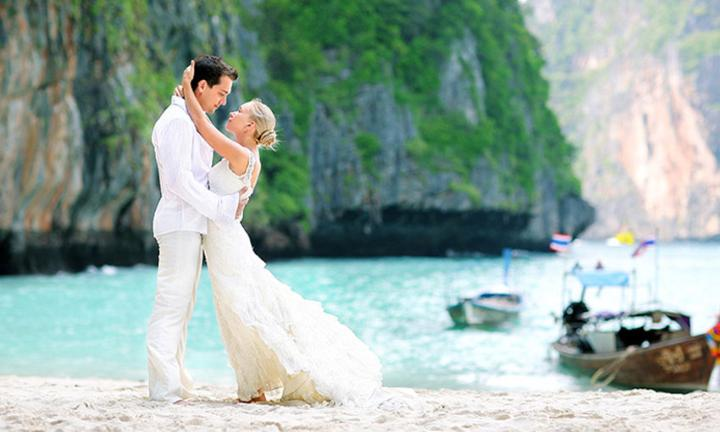 Романтическое путешествие молодоженам