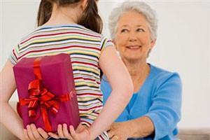 Что еще можно подарить бабушке