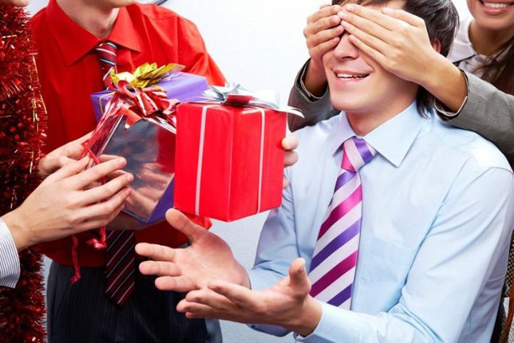 Приятными и практичными подарками 26