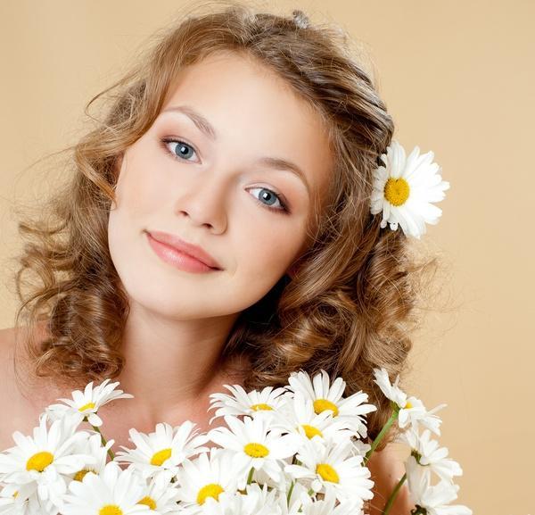 18 лет... какой же подарок сделать любимой дочери, подруге и девушке?