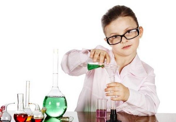 Набор для маленького исследователя порадует мальчика. Фото с сайта vk.com