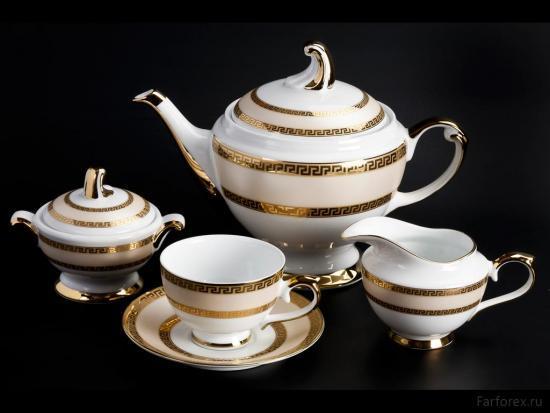 Красивый чайный сервиз