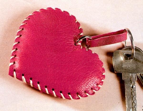 брелок сердце своими руками
