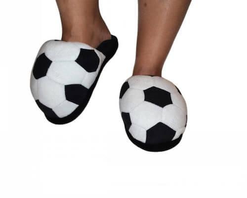 футбольные тапочки