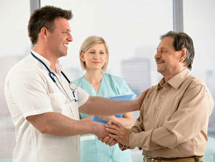Когда стоит дарить подарок врачу