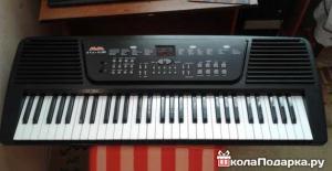 подарок девочке на 10 лет-синтезатор