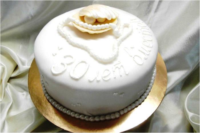 Великолепный торт к тридцатилетней годовщине