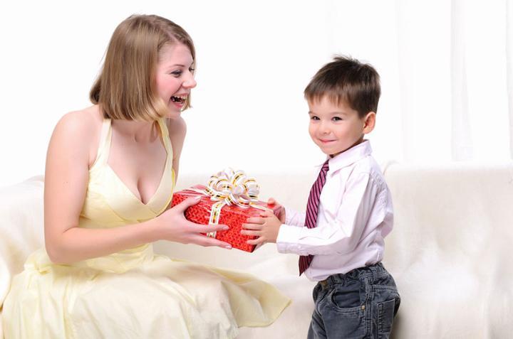 Делаем подарки маме своими руками на День Рождения