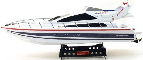 лодка на управлении