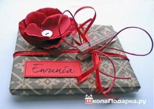 упаровка-подарка-на-свадьбу-молодоженам