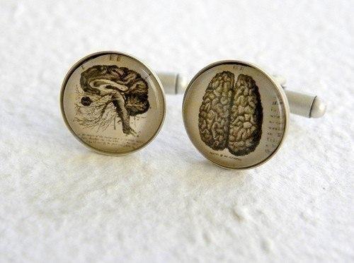 запонки с изображением человеческого мозга