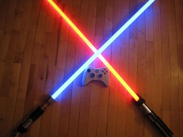 световой меч со звуковым эффектом из Звездных Войн