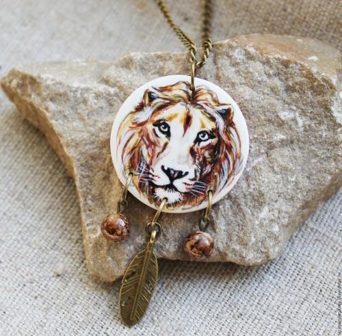 что подарить женщине льву на день рождения