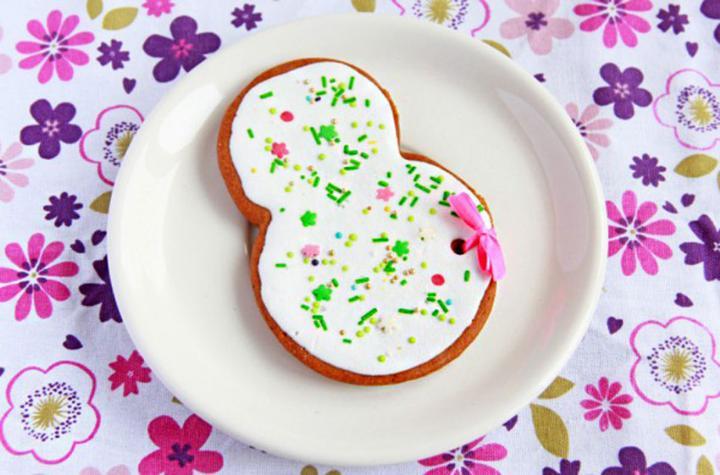 Печенье к 8 Марта - что ещё можно подарить маме на день весны