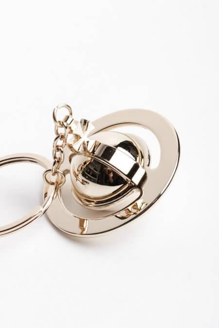 Красивый брелок для ключей