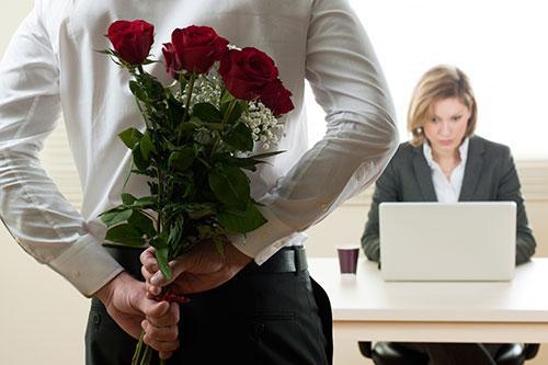 Цветы в подарок шефу женщине